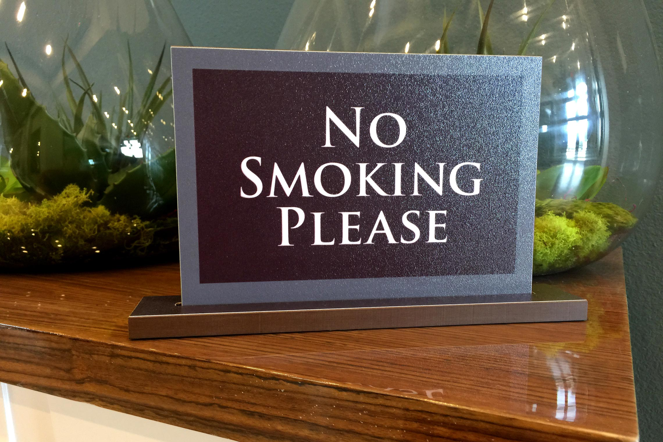 Aura 33Hundred Warning No Smoking Please Deskset in Clubhouse