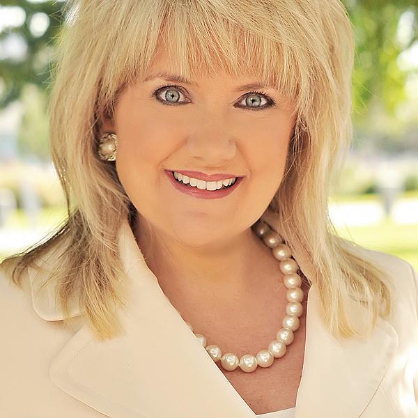 Dona Robinson | Vice President at Robinson Creative Inc.