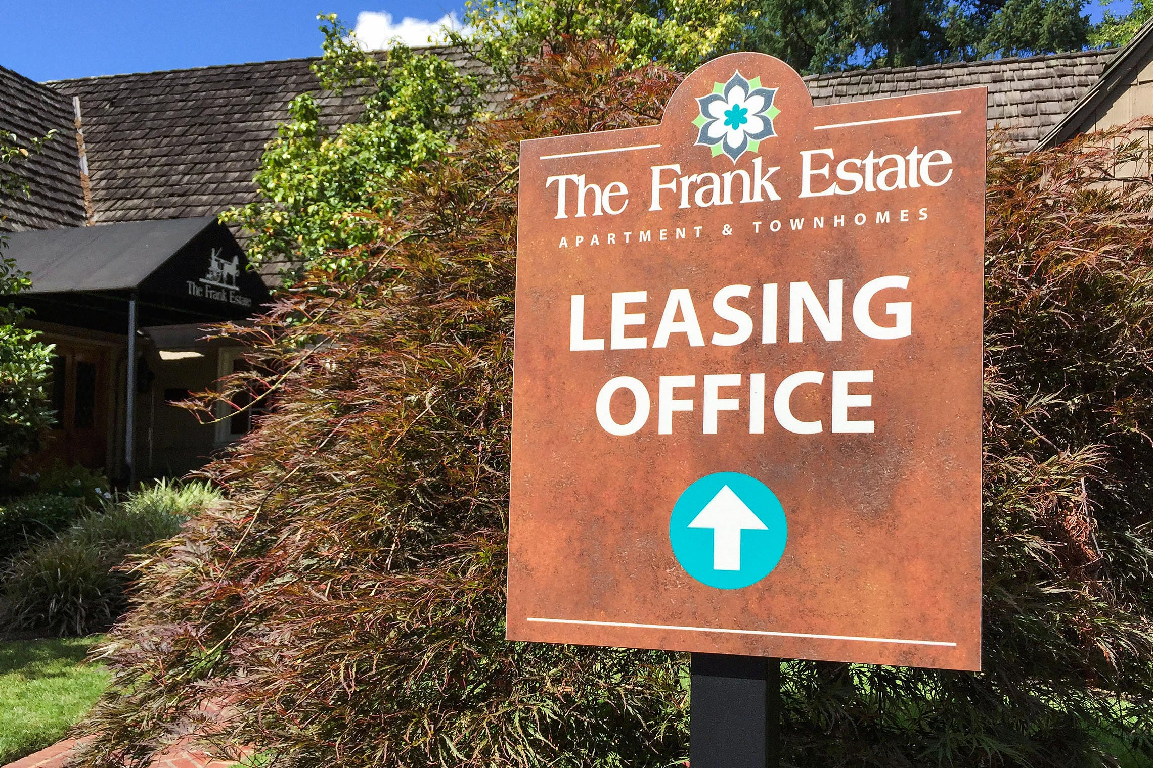 The Frank Estate Apartment & Townhomes Leasing Office Directional on Post