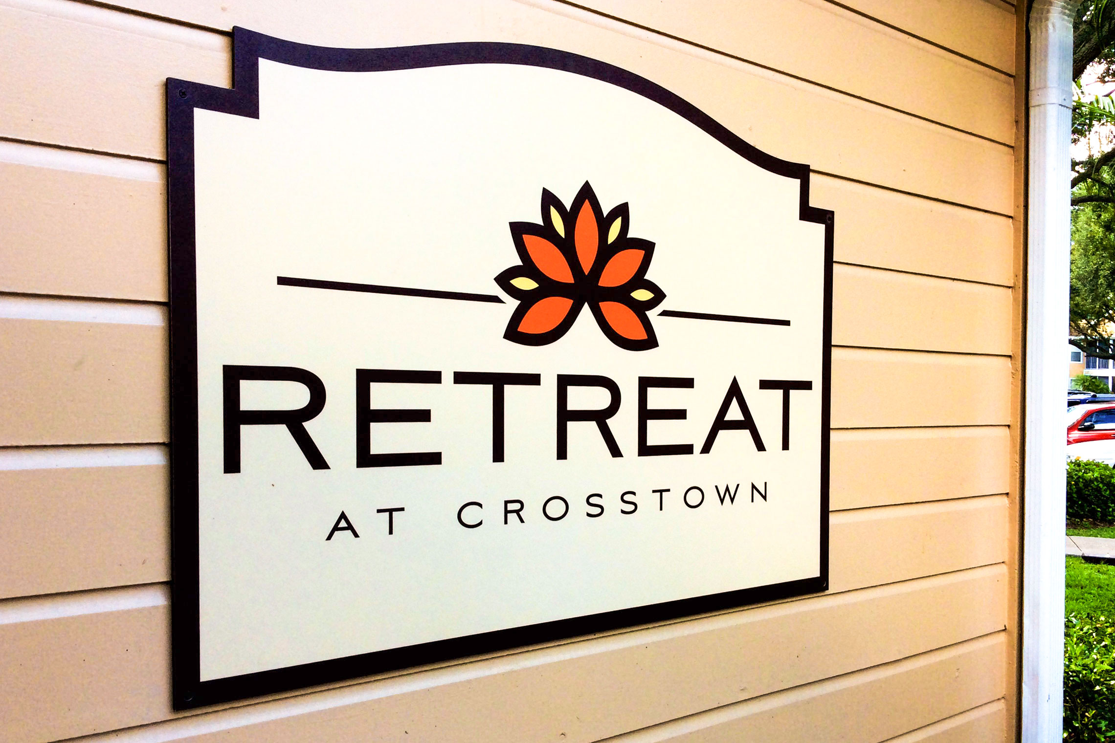 Retreat at Crosstown Apartment Homes Leasing Center ID