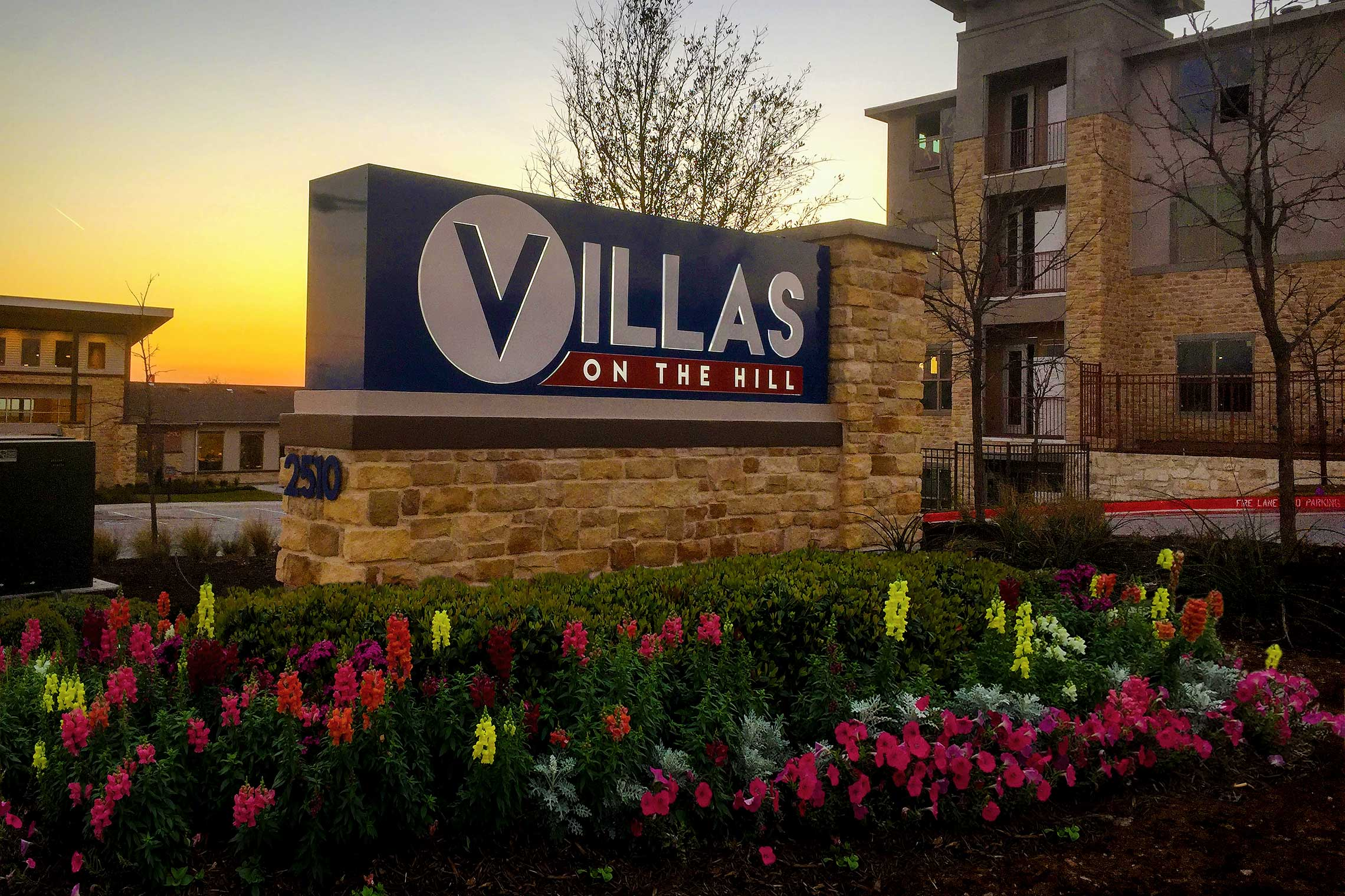 Villas on the Hill Apartments - Contemporary LED Edge-Lit Letters Monument
