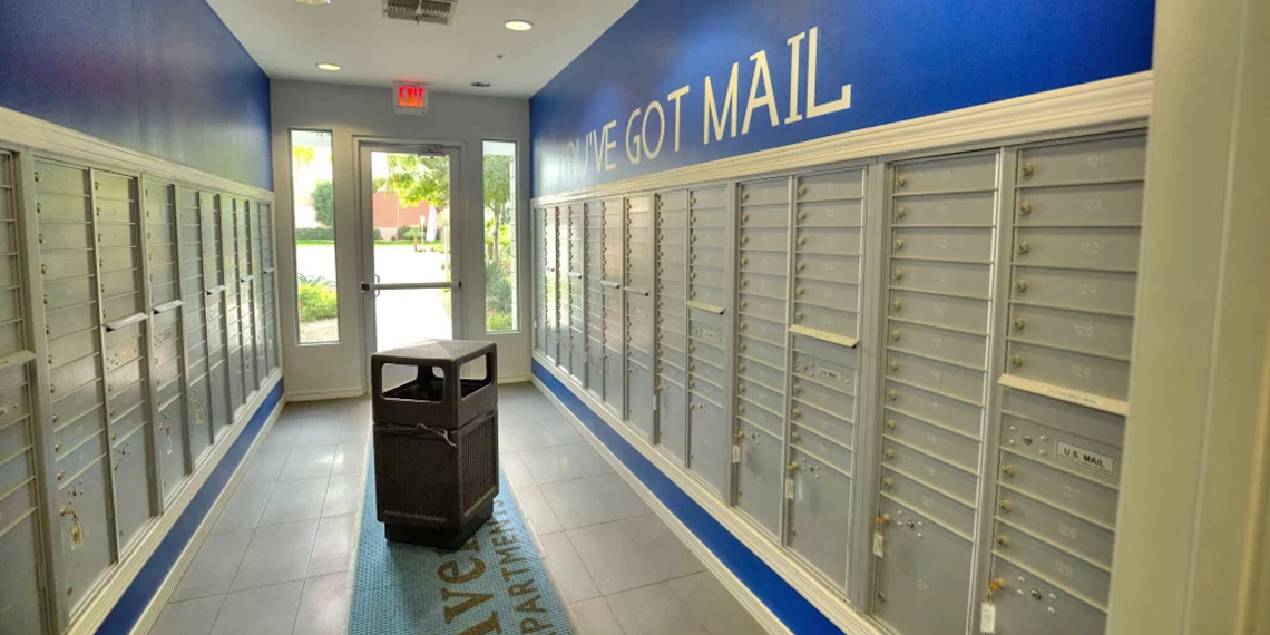 Clean Mail Center